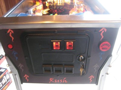 rush-custom-pinball-machine_026_6673.jpg